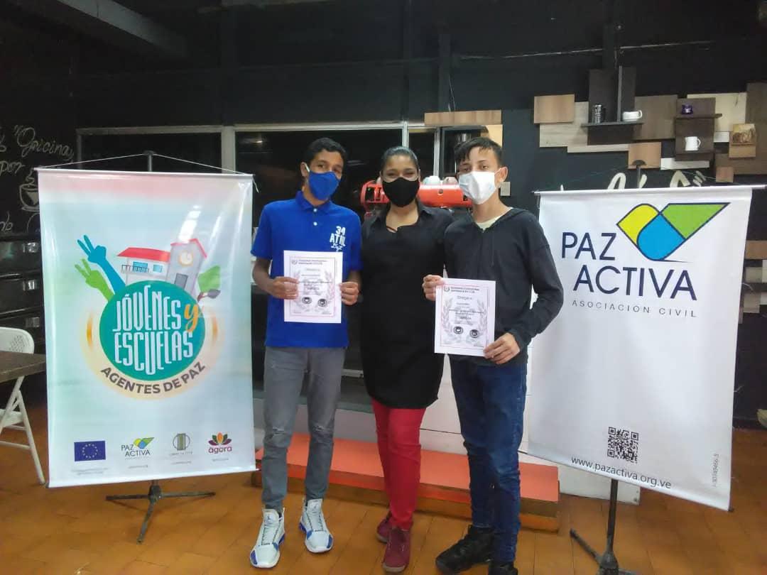 Jóvenes Fueron Certificados Como Baristas Por La Academia Wo Kafe